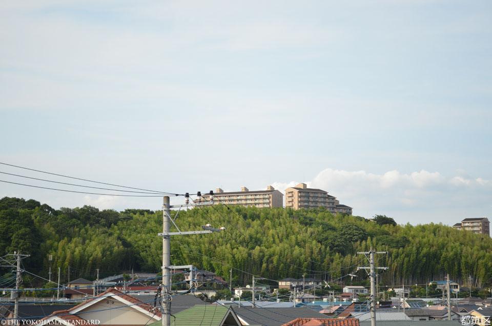 11都筑区・茅ヶ崎城址公園入口からの眺め2