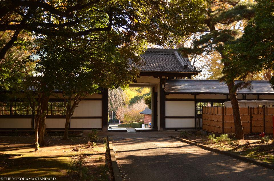 總持寺の紅葉2015年9-THE YOKOHAMA STANDARD