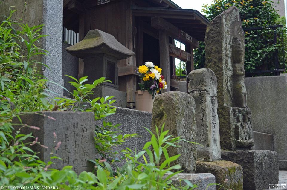 7港南区・上大岡のお地蔵さん-THE YOKOHAMA STANDARD