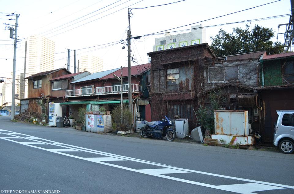 宝町踏切界隈3-THE YOKOHAMA STANDARD