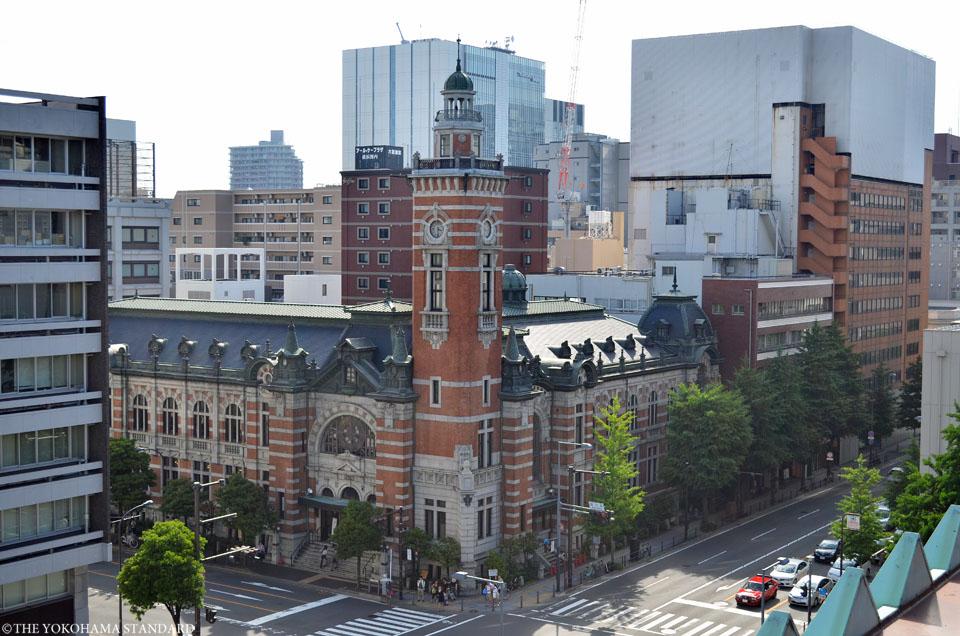 県庁からの横浜市開港記念会館-THE YOKOHAMA STANDARD