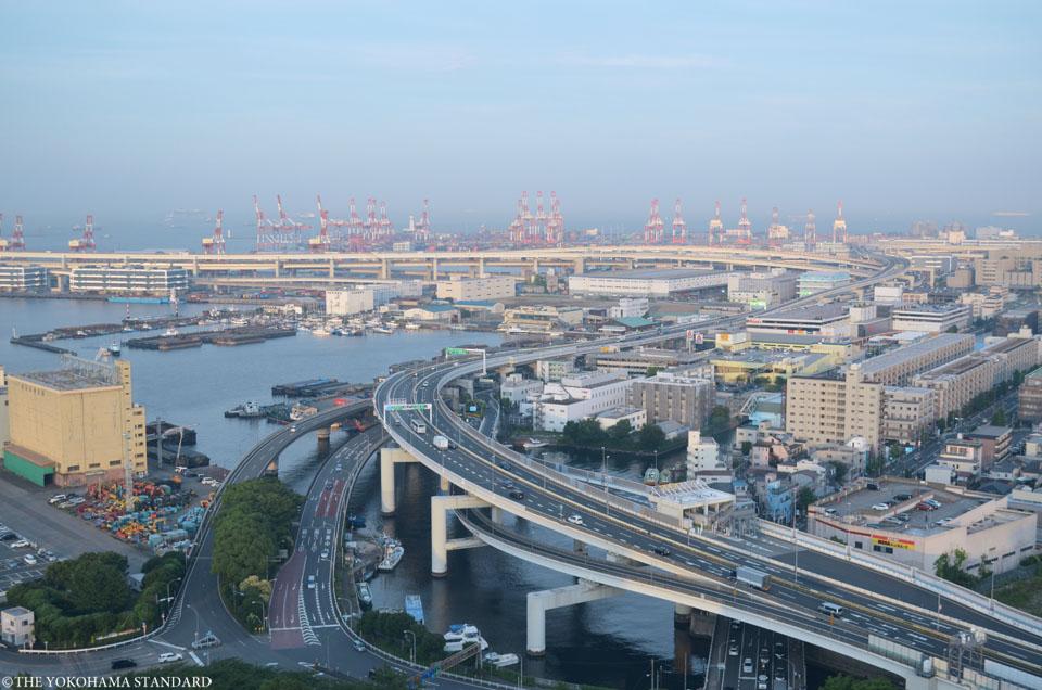 マリンタワーから望む港の風景