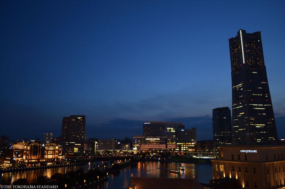 ワールドポーターズからの夜景-THE YOKOHAMA STANDARD